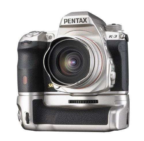 Pentax K-3 Premium Edition SLR-Digitalkamera (24 Megapixel, 8,1 cm (3,2 Zoll) LCD-Display, Live View, Full HD) inkl. Handgriff/Ersatzakku silber - 1