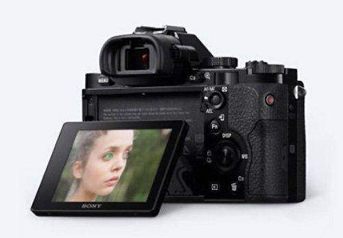 Sony Alpha 7KB Systemkamera (24,3 Megapixel, 7,6 cm (3 Zoll) Display, BIONZ X, 2,3 Megapixel OLED Sucher, NFC) inkl. SEL 28-70mm schwarz - 25