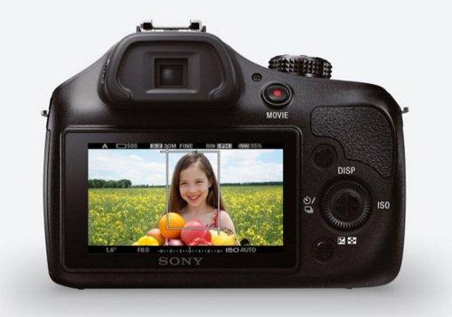 Sony ILCE3000KB a3000 E-Mount Systemkamera im SLR Gehäuse (20 Megapixel, Exmor APS-C CMOS Sensor, 7,6 cm (3 Zoll) LCD-Display, Live View, Full HD Video) inkl. E 18-55mm OSS Objektiv schwarz - 18
